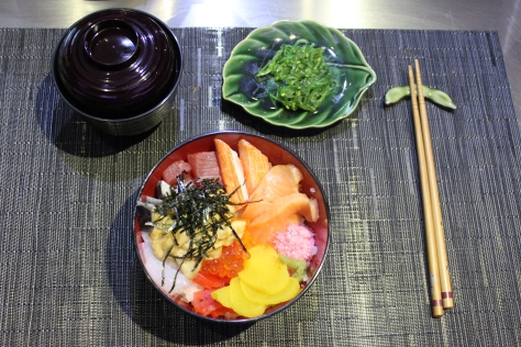 Complete Chirashi Meal